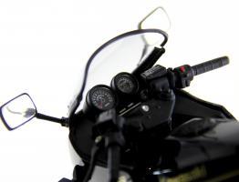 Прикрепленное изображение: Kawasaki GPZ900R (5).JPG