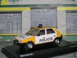 Прикрепленное изображение: skoda favorit policie P1010223.jpg