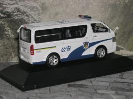 Прикрепленное изображение: Toyota Hiace China Police P1010193.jpg