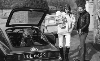 Прикрепленное изображение: 1972 Triumph Spitfire GT6 MkIII.jpg