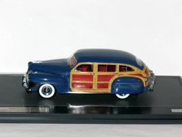 Прикрепленное изображение: CHRYSLER Town & Country Wagon 1942 002.JPG