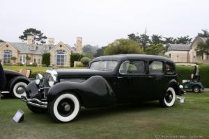 Прикрепленное изображение: DUESENBERG  MODEL J BOHMAN & SCHWARTZ LANDAULET THRONE CAR 1937.jpg