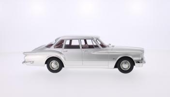 Прикрепленное изображение: BOS 1960 Plymouth Valiant 5.jpg