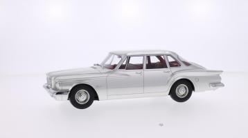 Прикрепленное изображение: BOS 1960 Plymouth Valiant 1.jpg