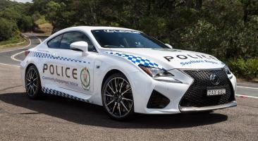 Прикрепленное изображение: 16-03-22-lexus-rc-f-australia-police-car.jpg