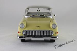 Прикрепленное изображение: Opel Rekord P1 Minichamps 180043204_04.jpg