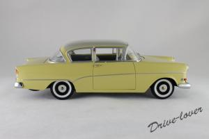 Прикрепленное изображение: Opel Rekord P1 Minichamps 180043204_03.jpg