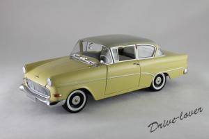 Прикрепленное изображение: Opel Rekord P1 Minichamps 180043204_01.jpg