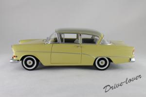 Прикрепленное изображение: Opel Rekord P1 Minichamps 180043204_02.jpg