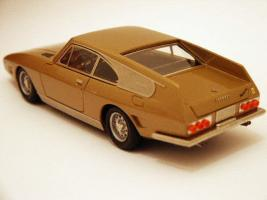 Прикрепленное изображение: maquette-ilario-1-43e-ferrari-330-gt-drogo-7979gt-1969-the-golden-car-1.jpg