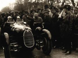 Прикрепленное изображение: AR 8 MM 1936  Marchese Antonio  Brivio, Carlo Ongaro.jpg