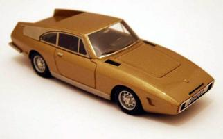 Прикрепленное изображение: maquette-ilario-1-43e-ferrari-330-gt-drogo-7979gt-1969-the-golden-car.jpg