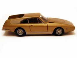 Прикрепленное изображение: maquette-ilario-1-43e-ferrari-330-gt-drogo-7979gt-1969-the-golden-car-3.jpg