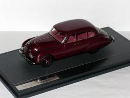 Прикрепленное изображение: Horch 930S Stromlinie 1948 001.JPG
