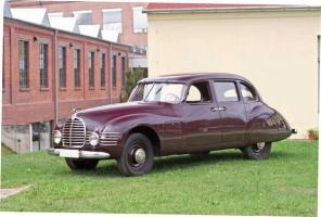 Прикрепленное изображение: Horch 930S Stromlinie 1948...jpeg