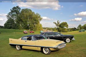 Прикрепленное изображение: Chrysler Dual Ghia 400 Concept 1958.jpg