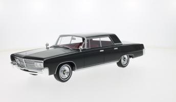 Прикрепленное изображение: 1965 Imperial Crown 4-Door 1.jpg