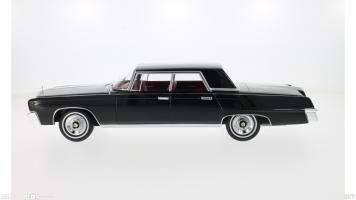 Прикрепленное изображение: 1965 Imperial Crown 4-Door 3.jpg