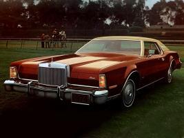 Прикрепленное изображение: Lincoln_Continental_coupe_1974.jpg