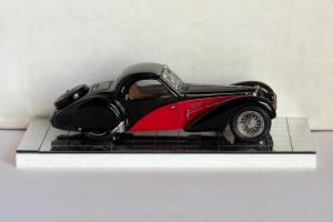 Прикрепленное изображение: Heco 202 Bugatti-57 02.jpg