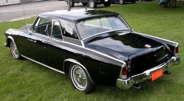 Прикрепленное изображение: studebaker-hawk-rear-top.jpg