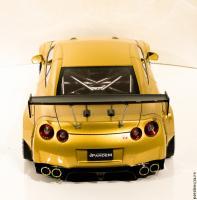 Прикрепленное изображение: 2017-03-08_Nissan GT-R+LaFerrari-6.jpg