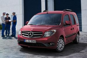 Прикрепленное изображение: Mercedes Citan W415 Kombi 2013.jpg