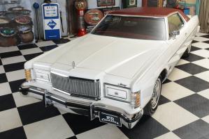 Прикрепленное изображение: 05 1976_Mercury_Marquis_6.6_Liter_Motor (7).jpg