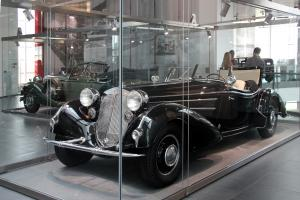 Прикрепленное изображение: Horch_855_Special-Roadster,_Bj._1939_(2013-09-03).JPG