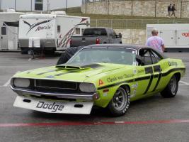 Прикрепленное изображение: 1970 Dodge Challenger Trans-Am Sam Posey.JPG