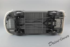 Прикрепленное изображение: Volkswagen T1 Bus Schuco 450037500_25.jpg