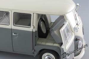 Прикрепленное изображение: Volkswagen T1 Bus Schuco 450037500_21.jpg