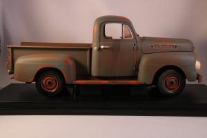 Прикрепленное изображение: 3_greenlight-ford-f100-pick-up-truck-1951-forrest-gump (1).jpg