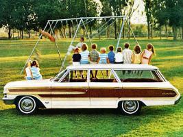 Прикрепленное изображение: Ford Country Squire 1964.jpeg