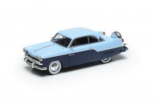 Прикрепленное изображение: ESVAL MODELS 1955 WILLYS AERO Bermudes 2 portes Hardtop.jpg