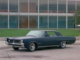 Прикрепленное изображение: Pontiac Grand Prix 1964.jpg