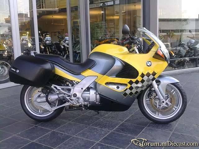 Прикрепленное изображение: BMW_K1200RS_05.jpg