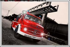 Прикрепленное изображение: Schuco_Mercedes_Benz_L322.jpg