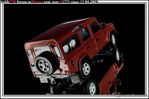 Прикрепленное изображение: Universal_Hobbies_Land_Rover_Defender_110.jpg