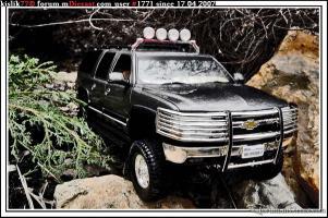 Прикрепленное изображение: ERTL_Chevrolet_Suburban.JPG