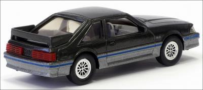 Прикрепленное изображение: 1988 Ford Mustang GT - ERTL - 2_small.jpg