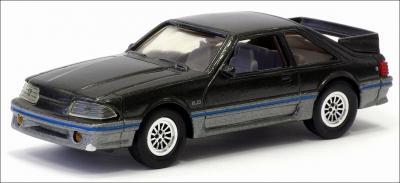 Прикрепленное изображение: 1988 Ford Mustang GT - ERTL - 1_small.jpg
