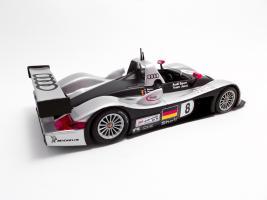 Прикрепленное изображение: Audi R8R Le Mans 1999_1.jpg