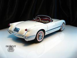 Прикрепленное изображение: CHEVROLET Corvette (1953) 030.jpg