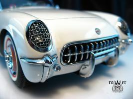Прикрепленное изображение: CHEVROLET Corvette (1953) 032.jpg