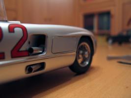 Прикрепленное изображение: Mercedes-Benz 300 SLR CMC M066_29.jpg