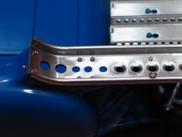 Прикрепленное изображение: Mercedes-Benz Car Transporter CMC M036_27.jpg