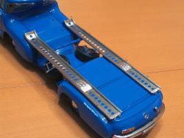 Прикрепленное изображение: Mercedes-Benz Car Transporter CMC M036_45.jpg