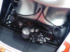 Прикрепленное изображение: Mercedes-Benz 300 SLR CMC M066_25.jpg