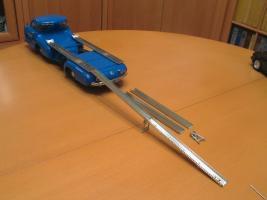 Прикрепленное изображение: Mercedes-Benz Car Transporter CMC M036_58.jpg